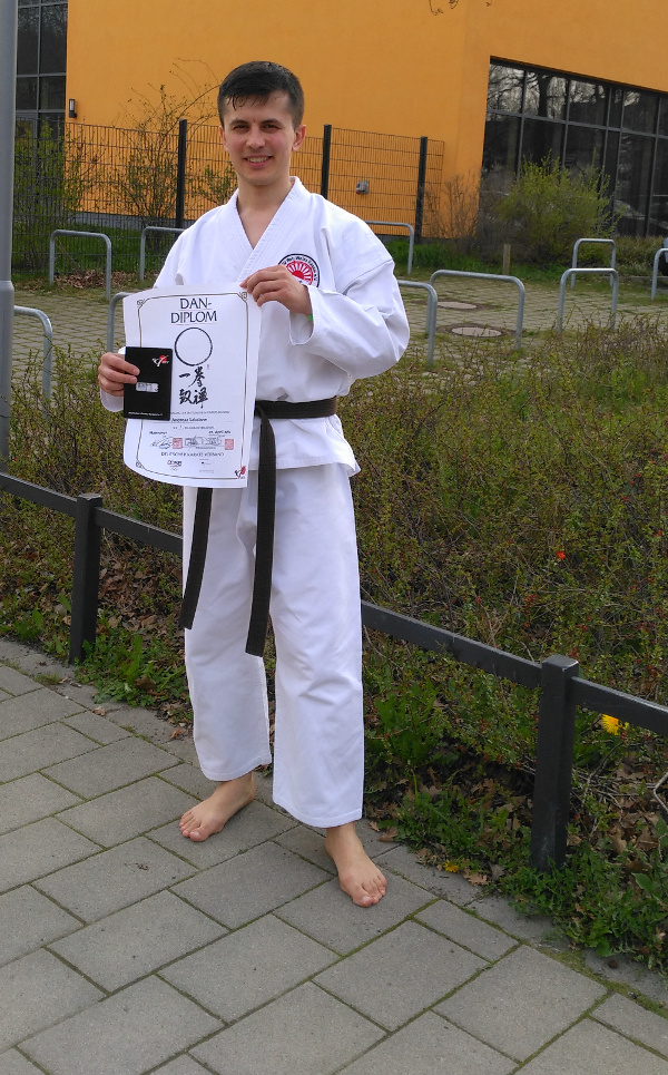 Karate Meister Andreas Lebedew