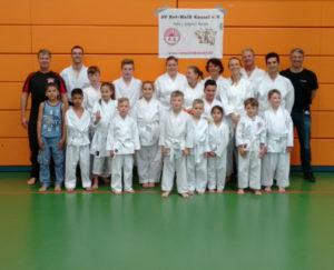 Gruppenfoto Karate Prüfung